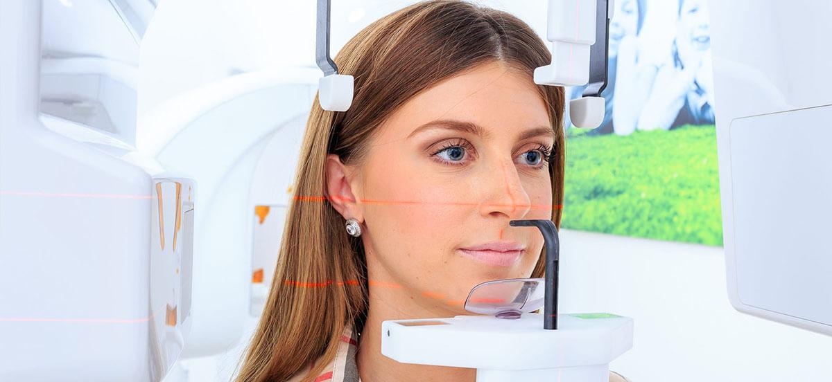 Slikanje zuba CBCT 3D uređajem.